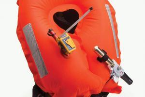 PLB1 op lifejacket
